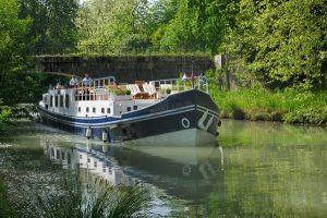 European Barge Cruise in Burgundy France